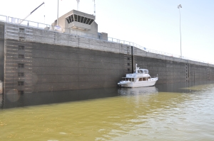 Built primarily for commercial traffic, the locks swallow a trawler.