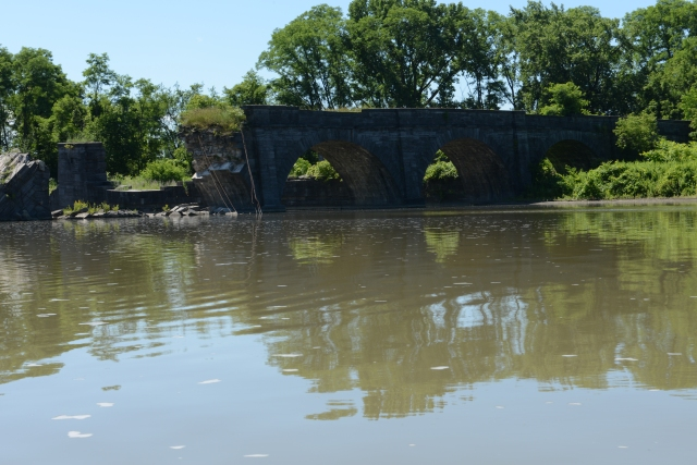 Ruins of the aqueduct on Schoharie Creek.